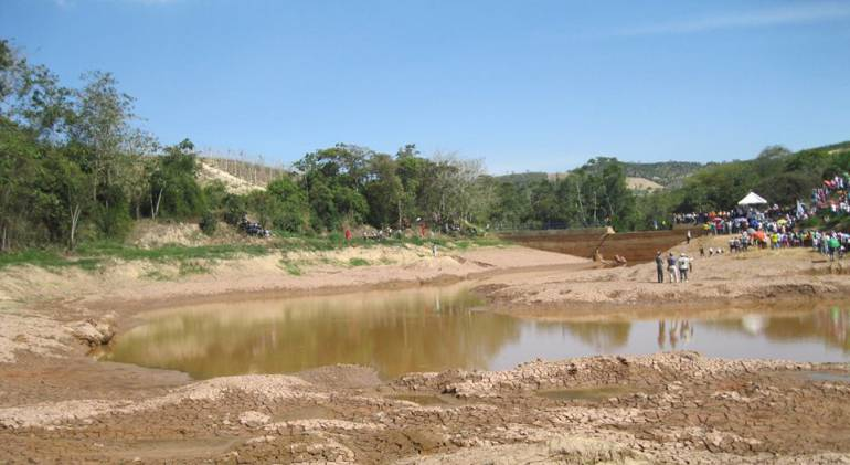 Lebrija está a dos metros de quedarse sin agua: Lebrija está a dos metros de quedarse sin agua