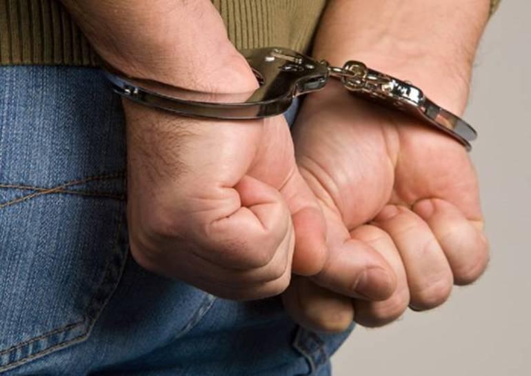 Capturan tres presuntos delincuentes armados en Cartagena: Capturan tres presuntos delincuentes armados en Cartagena