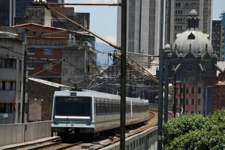 Metro, Medellín, dos, estaciones, cerradas: Metro de Medellín aún tiene dos estaciones cerradas