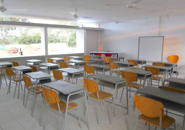 Entregan dotación a escuelas oficiales de Bolívar: Entregan dotación a escuelas oficiales de Bolívar