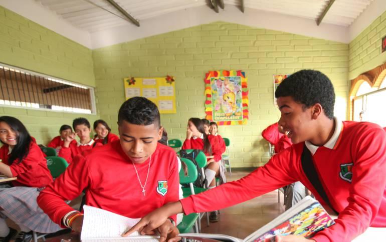 Bachilleres, Antioquia, formación, técnico, laboral: Bachilleres de Antioquia tendrán formación en técnico-laboral