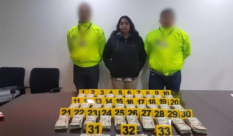 El Dorado: Capturan en Bogotá a mujer con más 60.000 dólares en su maleta