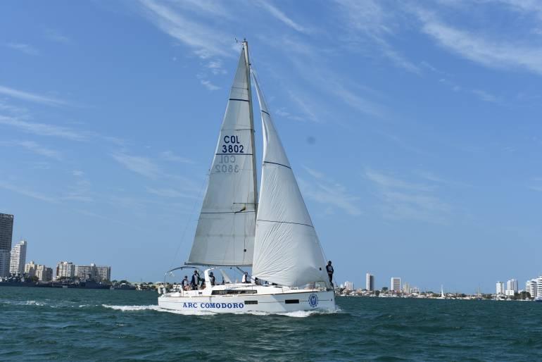 Primer puesto en la quinta regata sabatina para Escuela Naval de Cartagena