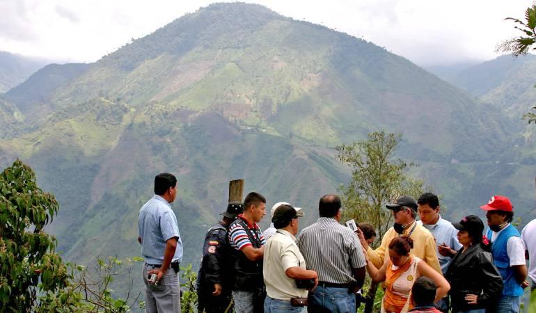 Sismos leves en inmediaciones de volcan en Tolima prenden las alarmas: Se reportan sismos en el volcán Machín en el Tolima