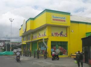 Autoridades mantienen militarizados los alrededores de las dos sedes de Supercundi
