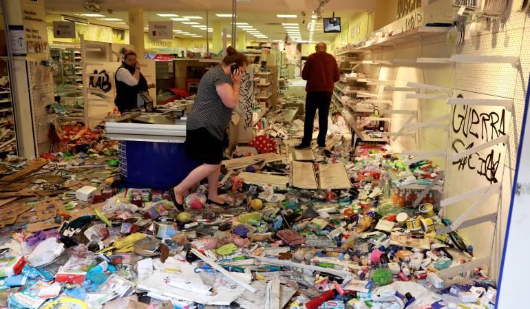 Más de 100 personas capturadas por saqueos a supermercados