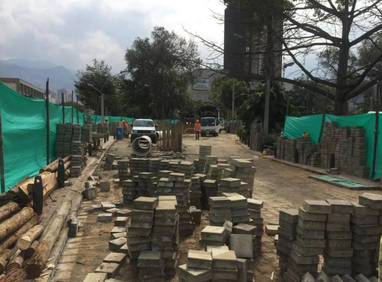 Medellín, reparación, vías, adoquín, concreto: En Medellín inician reparación de vías con adoquín y concreto