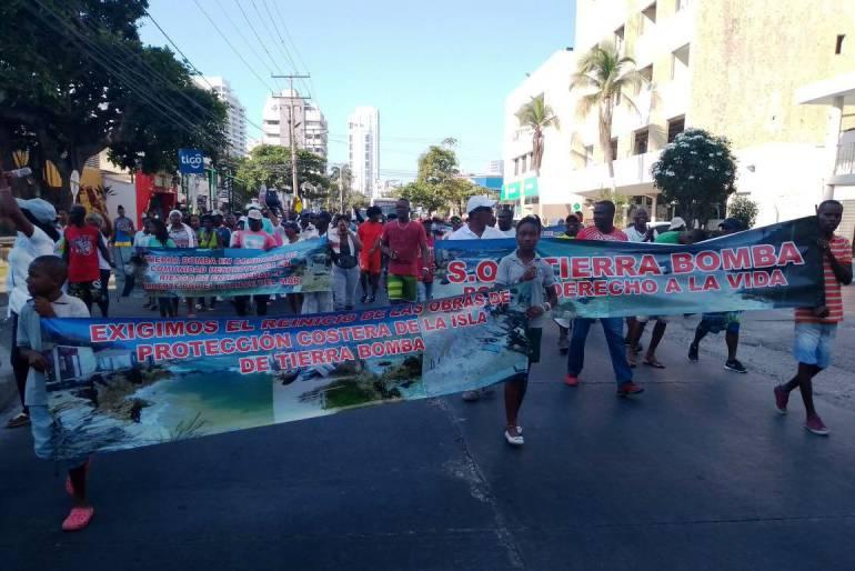 Pobladores de la isla Tierra Bomba en Cartagena, se declaran en paro cívico: Pobladores de la isla Tierra Bomba en Cartagena, se declaran en paro cívico