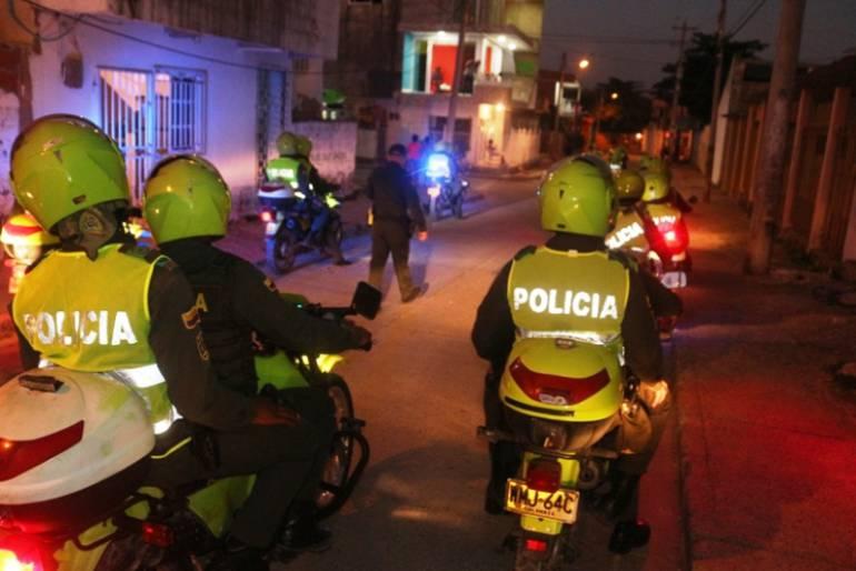 100 policías de Cartagena se tomaron La Esperanza y San Francisco: 100 policías de Cartagena se tomaron La Esperanza y San Francisco