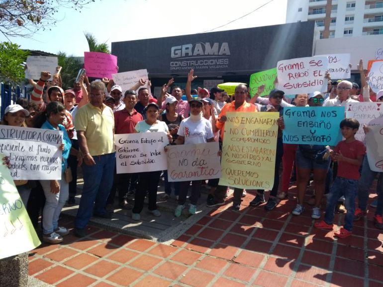 Protestan en Cuidad Caribe por filtraciones y mala calidad del agua: Protestan en Cuidad Caribe por filtraciones y mala calidad del agua