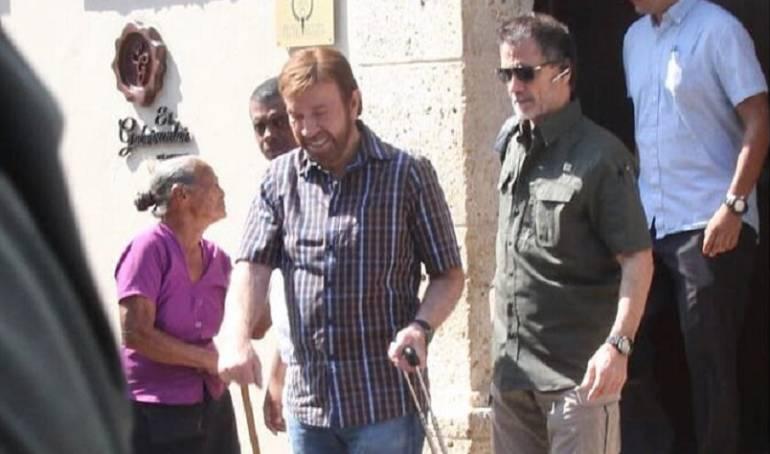 Chuck Norris está en Cartagena para grabar un comercial de cervezas