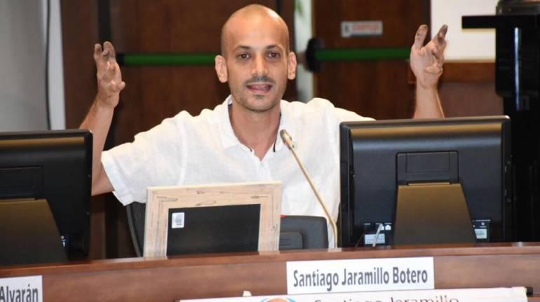 Suspenden durante siete meses al concejal Santiago Jaramillo por agresión a periodista