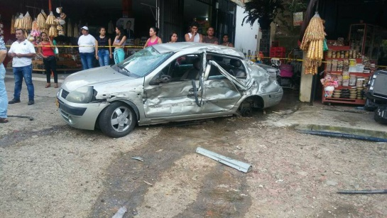 Bogotá: Reportan aparatoso accidente en la vía Melgar