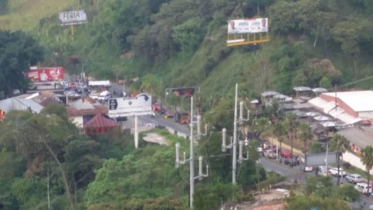 Balacera en vía Las Palmas deja dos muertos — Medellín
