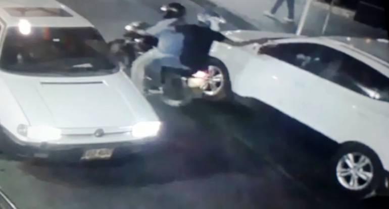Sicarios asesinan a comerciante en el sur de Cartagena dentro de vehículo: Sicarios asesinan a comerciante en el sur de Cartagena dentro de vehículo