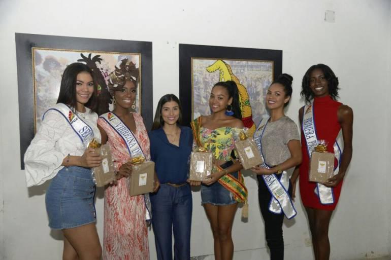 Siguen recibiendo sus premios las reinas de la Independencia de Cartagena: Siguen recibiendo sus premios las reinas de la Independencia de Cartagena