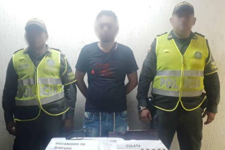 Policía de Cartagena captura seis personas por porte ilegal de armas: Policía de Cartagena captura seis personas por porte ilegal de armas