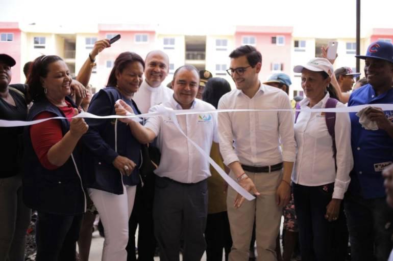 El sueño de tener casa de 224 familias cartageneras se hizo realidad: El sueño de tener casa de 224 familias cartageneras se hizo realidad