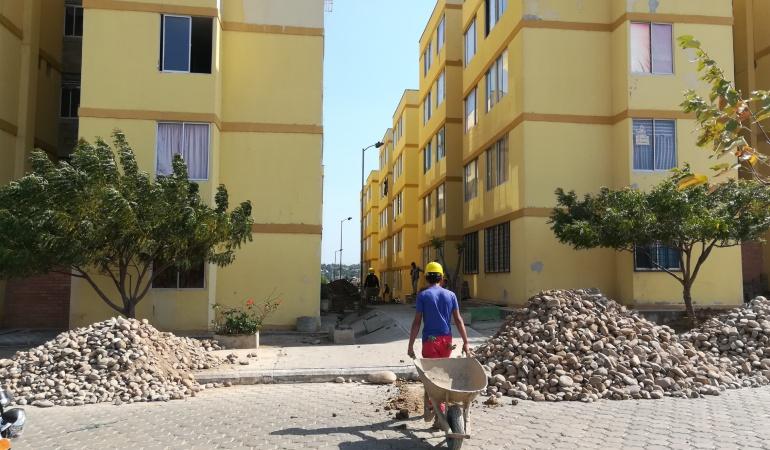 Arreglo en las torres de apartamento de Cormoranes en Cúcuta