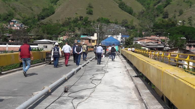 Puente de Irra: Desde hoy volverán a transitar vehiculos livianos por el Puente de Irra