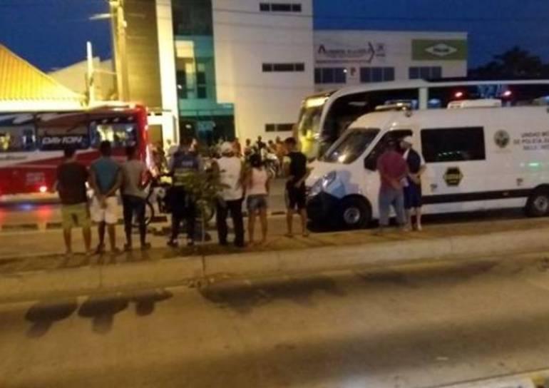 Muere hombre arrollado por un Transcaribe en Cartagena: Muere hombre arrollado por un Transcaribe en Cartagena