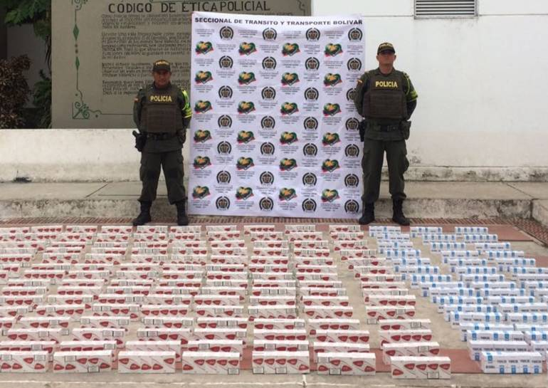Cae cargamento de cigarrillos de contrabando en la vía Bogotá-Tunja: Cae cargamento de cigarrillos de contrabando en la vía Bogotá-Tunja