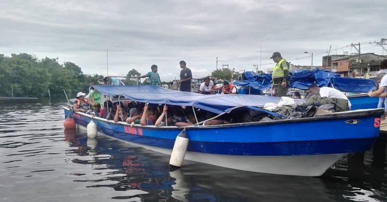 Migrantes, extranjeros, golfo, Urabá: Armada Nacional rescató a 40 migrantes en el golfo de Urabá