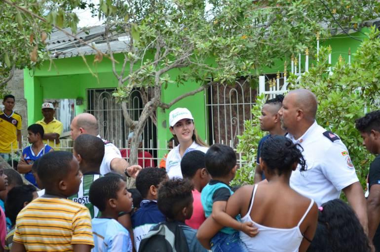 Gestora Social de Cartagena Teremar Londoño lleva Plan de Atención Integral: Gestora Social de Cartagena Teremar Londoño lleva Plan de Atención Integral