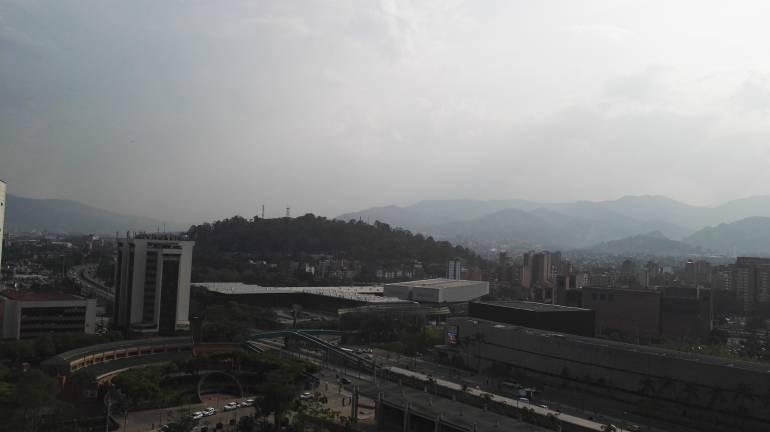 Autoridades declaran alerta amarilla en Bogotá por contaminación del aire