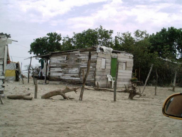 Concejo de Cartagena denuncia que no hay avances en reubicación de Marlinda: Concejo de Cartagena denuncia que no hay avances en reubicación de Marlinda
