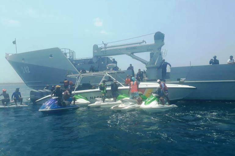 Nativos de isla de Barú en Cartagena rechazan operativos de la Armada: Nativos de isla de Barú en Cartagena rechazan operativos de la Armada