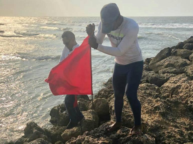 56 rescates en playas de Cartagena en apenas 3 días de Semana Santa
