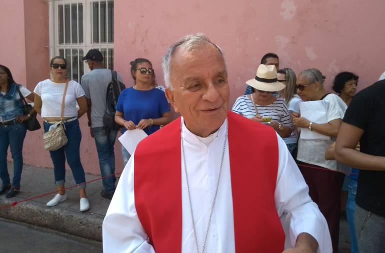 Arzobispo de Cartagena le pide al ELN 'botar las armas'