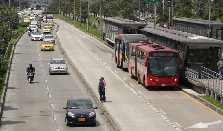Transmilenio: A diario se varan más de 300 buses de TM y Sitp: concejal de Bogotá