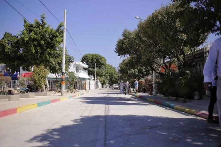 Después de 30 años, calles de San Fernando en Cartagena son pavimentadas: Después de 30 años, calles de San Fernando en Cartagena son pavimentadas