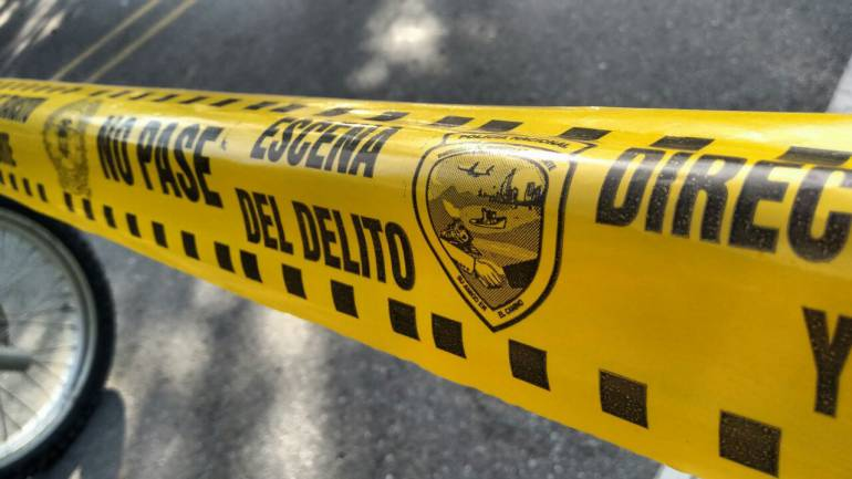Asesinato de una mujer en La Linda en Manizales: Habría lanzado a un matorral a una niña de 4 años y asesinado a la madre