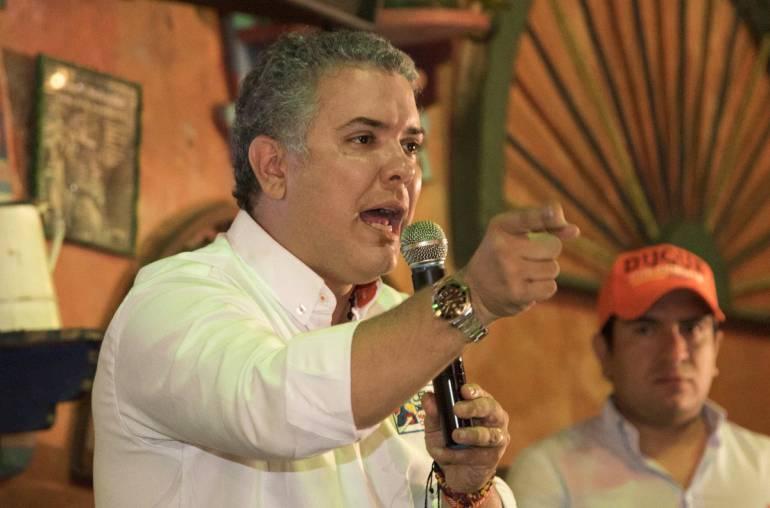 """DEBATES DEMOCRACIA BUCARAMANGA UNIVERSIDADES UNAB: Ivan Duque, el próximo invitado en """"Debates para la Democracia"""""""