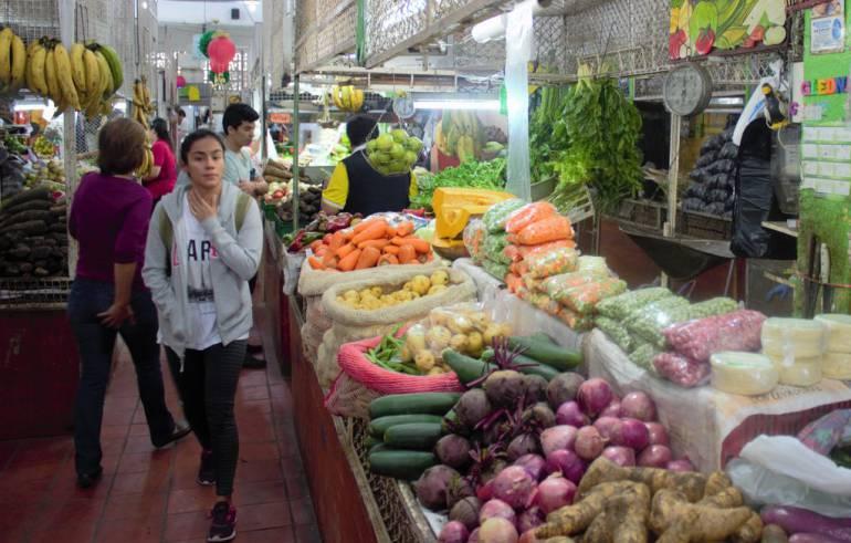 Invierno ha generado alza en precios de frutas y verduras: Lluvias han generado alza en precios de frutas y verduras