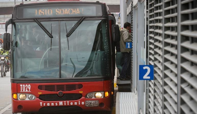 Buses viejos de Transmilenio: Piden debate urgente en Concejo por renovación de buses de Transmilenio