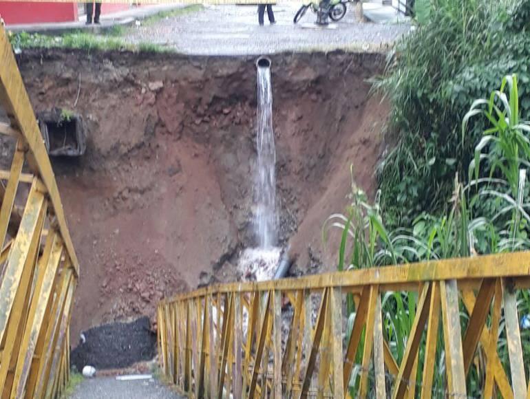 La comunidad ya había advertido sobre riesgos del puente