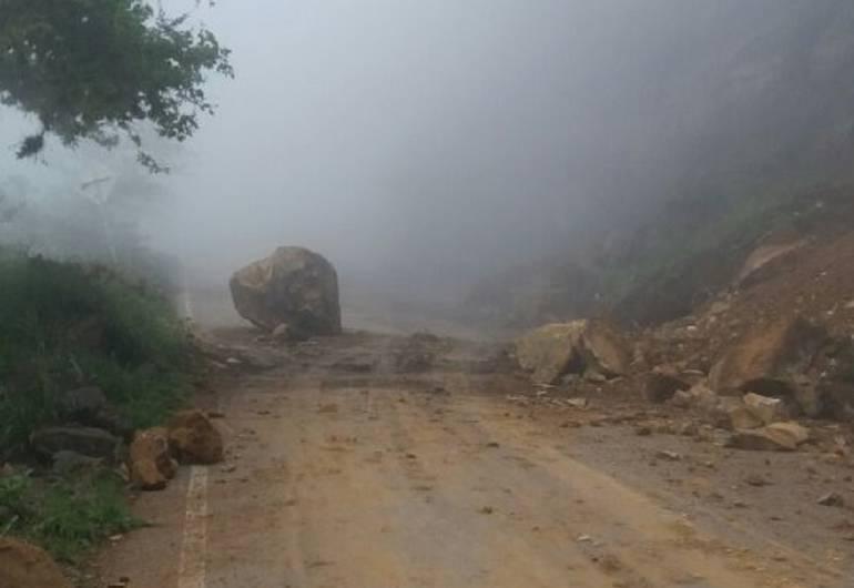 MOVILIDAD, VÍA, CARRETERA: Nuevamente taponada la vía Barichara – Guane