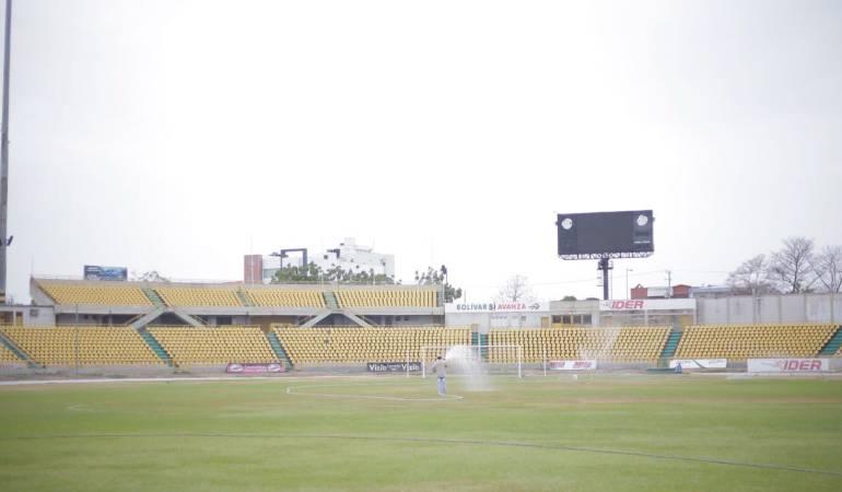 Estadio Jaime Morón en Cartagena: IDER realiza mantenimiento del estadio Jaime Morón en Cartagena