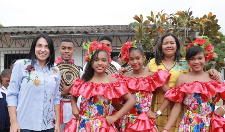 Educación Cartagena Bolívar: Gobernación de Bolívar hace entrega de dos instituciones educativas