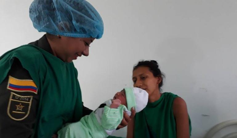 Parte Ibagué Policía Nacional: Policía atendió parto en Ibagué