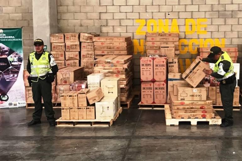 Aprehenden mercancía ilegal en Cartagena por valor de $18 millones: Aprehenden mercancía ilegal en Cartagena por valor de $18 millones