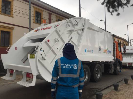 Basuras Bogotá: Empresas de aseo tienen plazo hasta agosto para traer camiones nuevos