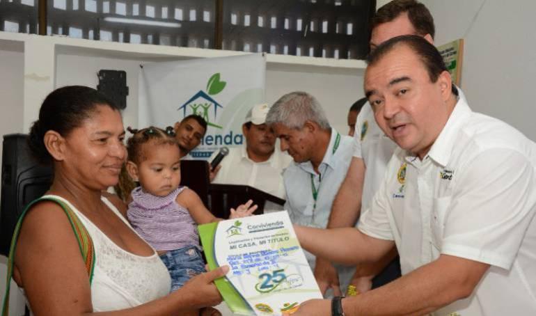 Viviendas en Cartagena: Entregan títulos de vivienda a 60 familias de Cartagena