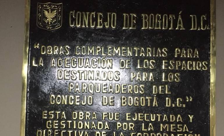 Concejo de Bogotá: Inauguran dos veces una obra incompleta en el Concejo de Bogotá