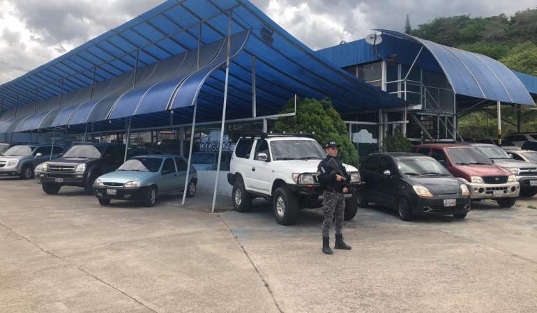 Autos que fueron incautados por contrabando de gasolina a Colombia desde el estado Táchira
