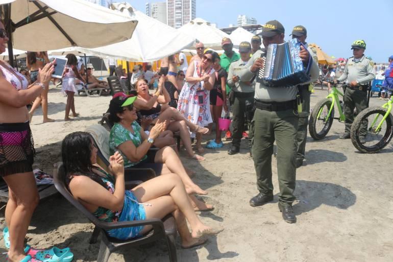 El policía bolivarense que quiere ser el nuevo rey vallenato en Valledupar